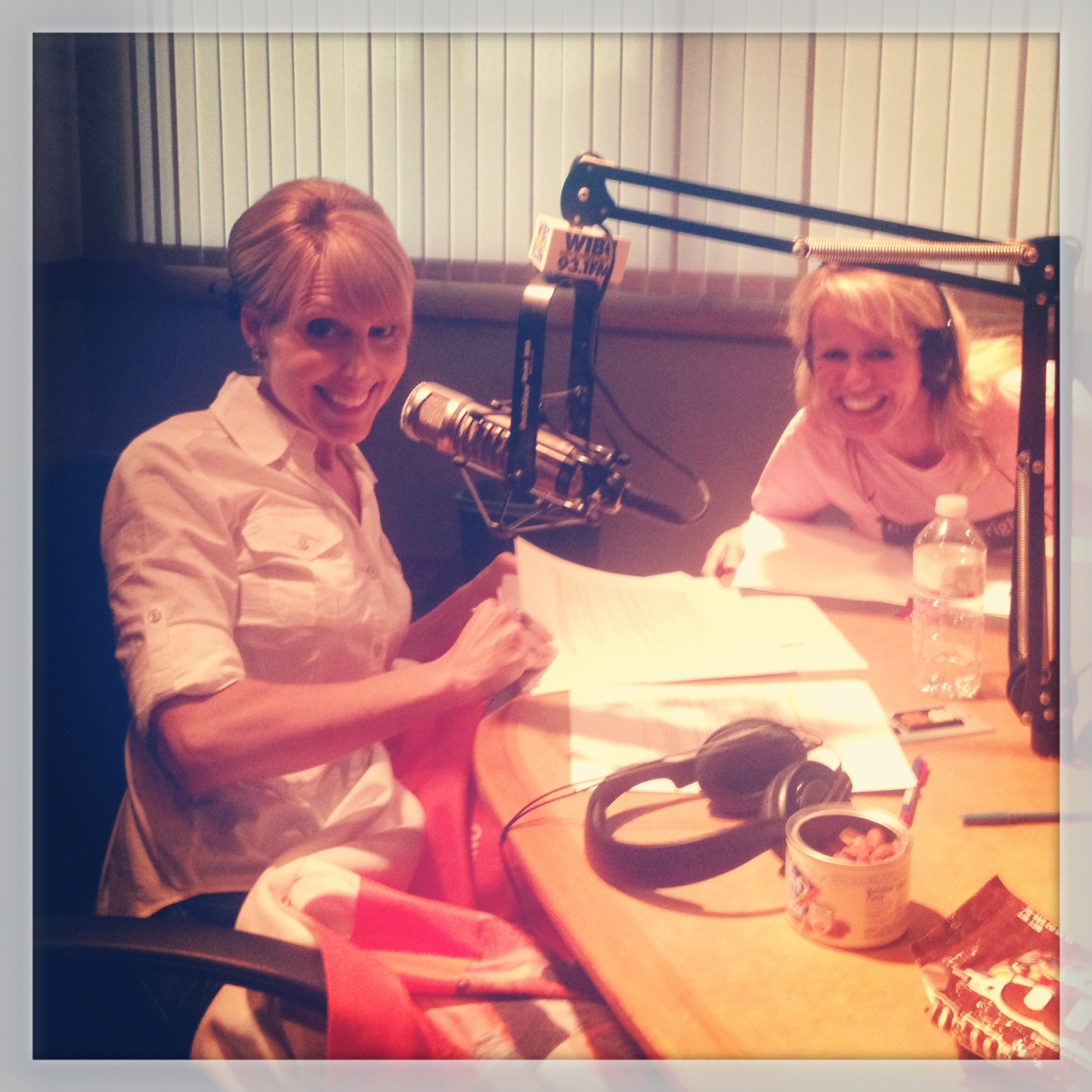 I Was In Studio Saturday on The Chicks on the Right Radio Show - Listen Now!